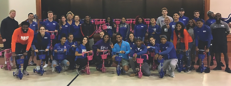 Southland Gives Back: HBU student-athletes once again partner with Special Olympics Bowling