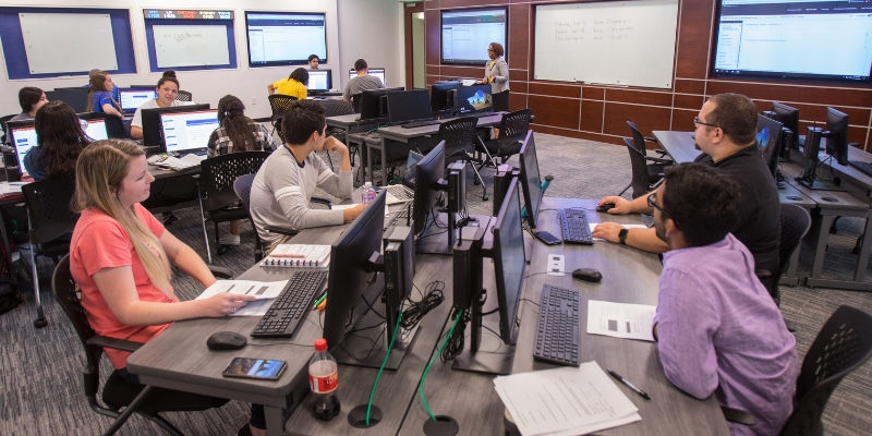 HBU's Center for Christianity in Business Equips Business Leaders
