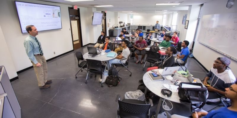 Grace Hopper Scholarships to Assist Students in STEM-Related Majors